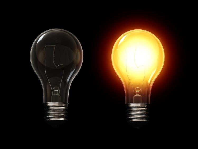 Две лампы накаливания
